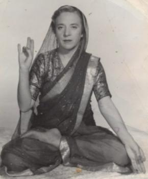インドラ・デーヴィ