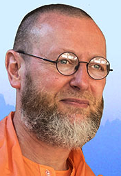 アートマナンダ・ウダシン僧院管長