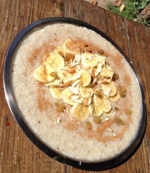 朝食のオートミール